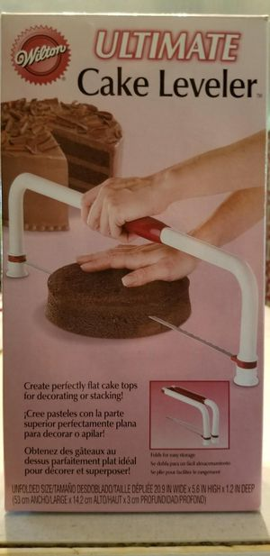 Wilton ultimate cake leveler for Sale in Garner, NC