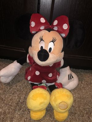 """Disney Mickey Mouse Clubhouse / Disney Store 18"""" Minnie Mouse plush plushie doll for Sale in Phoenix, AZ"""