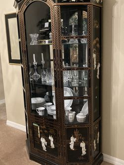 Mother Of Pearl Chinese Cabinet for Sale in Clermont,  FL
