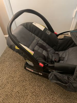 Baby car seat for Sale in Riverdale, GA