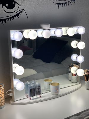 Makeup Vanity Mirror for Sale in Miami Gardens, FL