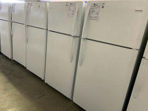 Frigidaire 18 cu ft Refrigerator Brand New 1yr Manufacturers Warranty for Sale in Gilbert, AZ