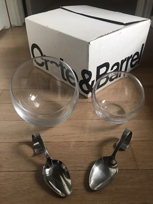 "Crate and Barrel 6"" and 5.5"" Tilt handmade Glass Bowls with matching stainless steel Hanging Spoons. Like New. for Sale in Addison, TX"