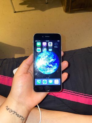 iPhone 6 16gb unlocked for Sale in The Bronx, NY