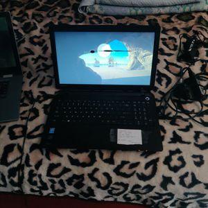 Toshiba I3 Windows 10 Laptop for Sale in Las Vegas, NV