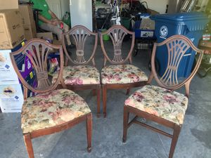 4 Dining room chairs for Sale in Spring Hill, FL