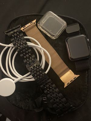 Apple Series 3 42mm Cellular Watch for Sale in Ravenna, OH