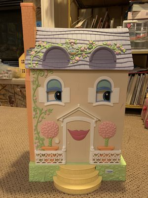 Doll house for Sale in Brier, WA