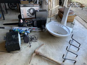 Tiles, sink, stroller, oven, speakers, cpu, locking hose, diaper disposal, toy organizer, lawn mower. for Sale in Bedford, TX