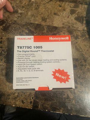 Digital Honeywell thermostat model T8775C 1005 for Sale in Hyattsville, MD