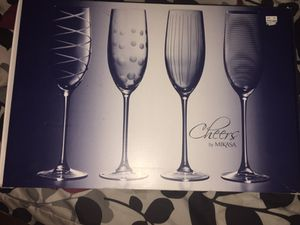 Mikasa cheers 8oz toasting flutes set of 4 for Sale in Arlington, VA