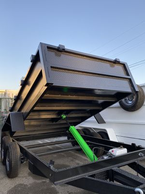 8x10x2 DUMP TRAILER for Sale in Bloomington, CA