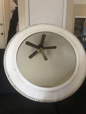 "Sagebrook Home Antique white, wooden circle mirror (31.5""Lx2.2""Wx31.5""H) for Sale in Las Vegas, NV"
