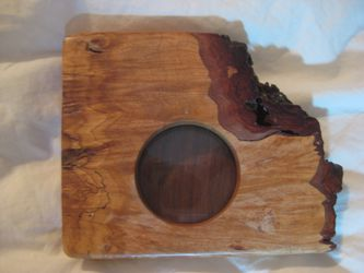 LIVE EDGE WOOD PHOTO FRAME for Sale in Poulsbo,  WA