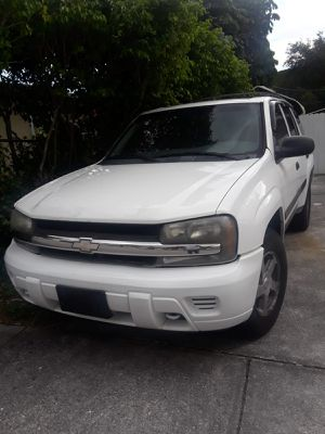 2004 Chevy Trail Blazer LT for Sale in Miami, FL
