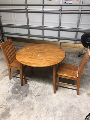 Breakfast Table for Sale in Dickinson, TX