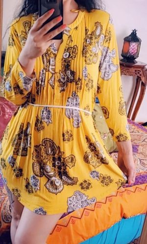 Yellow paisley shirt dress (serious buyers only. No perverts) for Sale in Albany, CA