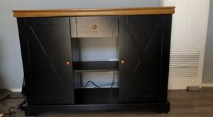 Beautiful Cabinet with Accents!!! for Sale in Burbank, CA