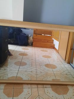 Mirror In Gold Color NEEDS A NEW HOME MOVING for Sale in Hickory Hills,  IL