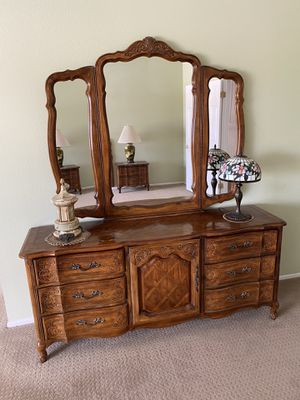 Bedroom Set for Sale in Rowland Heights, CA