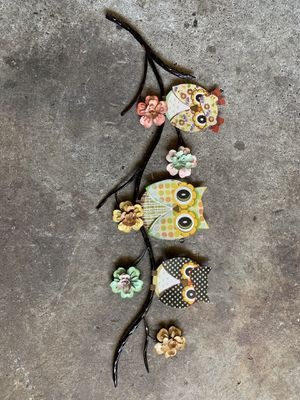 Metal owl wall decor for Sale in Tacoma, WA