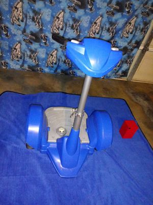 (FEBER DAREWAY REVOLUTION VEHICLE BLUE)Good condition (Need Batery) Cost.batery $12,00 for Sale in Fort Worth, TX