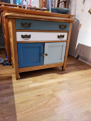 Antique Chic Washstand for Sale in Denver, CO