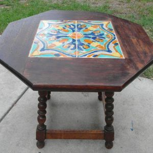 RARE 1920S 1930S SPANISH REVIVAL CALIFORNIA POTTERY TILE TABLE TUDOR D&M TAYLOR MONTEREY PASADENA SANTA BARBARA for Sale in Chino, CA