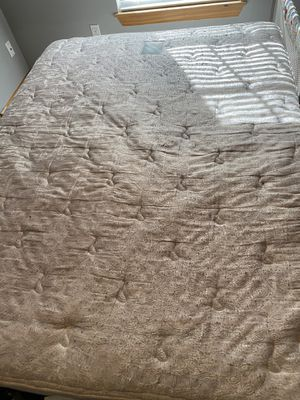 Free Queen mattress and box spring used for Sale in Olathe, KS