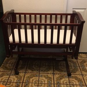 Cradle/ Bassinet , Cherry Wood Color for Sale in Claremont, CA