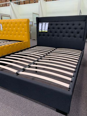 Queen Bed With Mattress Included! for Sale in Arcadia, CA