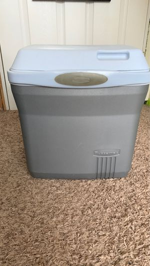 Small ice chest for Sale in Anchorage, AK
