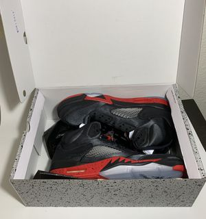 DS Jordan 5 Satin bred size 11.5 for Sale in Las Vegas, NV