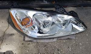 Pontiac G6 passenger right side headlight for Sale in Orlando, FL