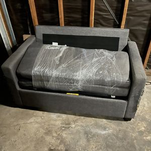 Futon Bed/ Couch for Sale in Whittier, CA
