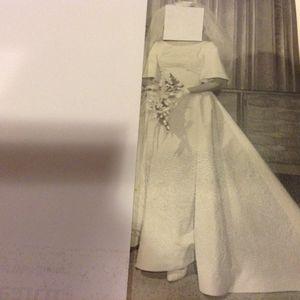 WEDDING DRESS plus Veil for Sale in Menifee, CA