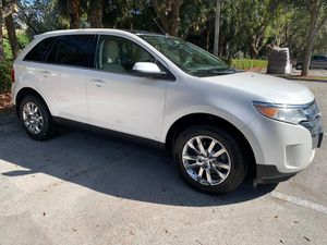 2011 Ford Edge LIMITED - PRIVATE SELLER! fully loaded with beautiful leather seats, backup camera, navigation, panoramic sunroof and more! for Sale in Miramar, FL