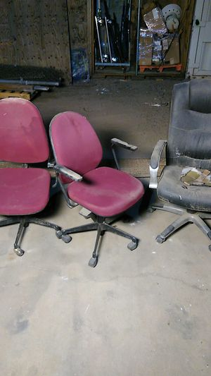 Free office chairs for Sale in Glendale, AZ