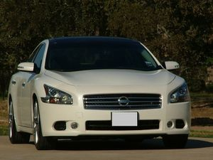 2009 Nissan Maxima SV one owner for Sale in San Diego, CA