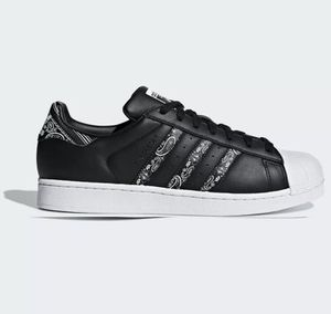 New Adidas Superstar 'Graffiti' Men's Shoes Sneakers Black White BD7430 for Sale in French Creek, WV