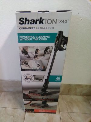 Shark ion x40 vacuum special $60 only today for Sale in Lodi, CA