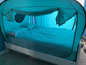 Queen bed with tent and mattress. for Sale in Riverview, FL