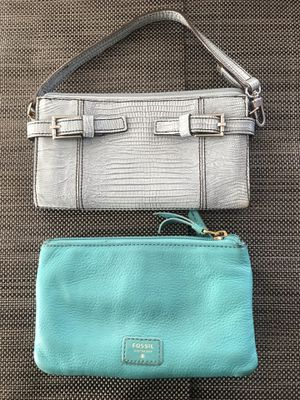 Kenneth Cole Wallet and Fossil wristlet set for Sale in Alsip, IL