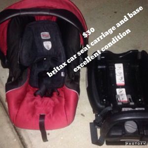 Car seat Britax car seat and base reduced for Sale in San Diego, CA