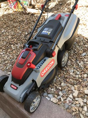 New Oregon LM300 Battery Powered Lawn Mower for Sale in Las Vegas, NV