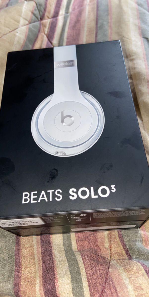 Beats solo 3 satin silver