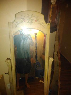 Stand-up mirror swivel. for Sale in Phoenix, AZ