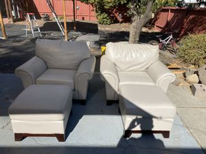Large 1 seater leather chair with ottoman (2 pairs) for Sale in Antioch, CA