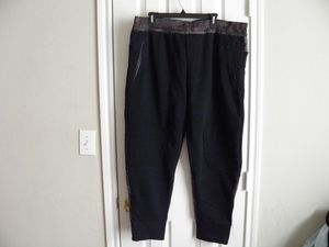 Under Armour Joggers Men's size XXL for Sale in Watauga, TX
