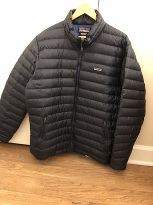 Need gone today!!! Patagonia puffer xl!! Like new for Sale in Chapel Hill, NC